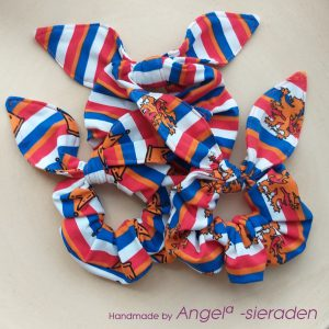 scruncies met strik koningsdag